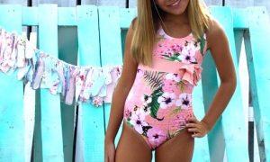 belen-zotano-bañador-niña-coleccion-flores-swimwear